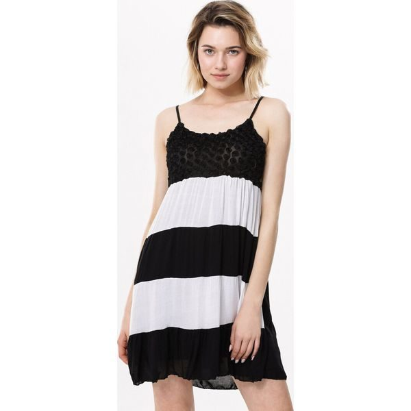 7161566256 Czarna Sukienka On Here We Go - Czarne sukienki marki Born2be