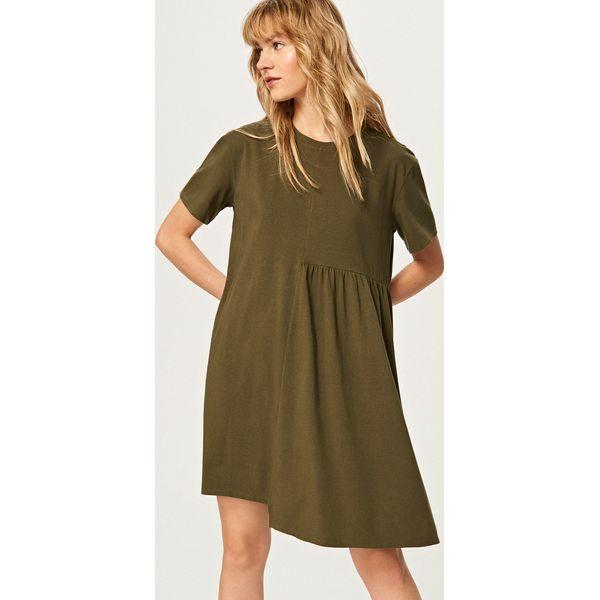 67dfa0092be6a Sukienka z krótkimi rękawami - Khaki - Brązowe kombinezony marki ...